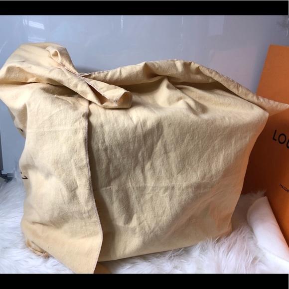 Louis Vuitton Handbags - 100% Authentic Louis Vuitton Dust Bag